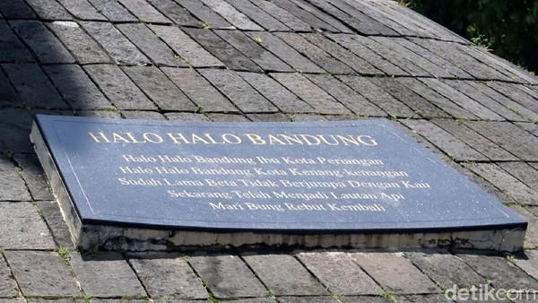 Seperti diketahui, peristiwa Bandung Lautan Api terjadi pada 24 Maret 1946 silam. Dalam aksi itu Kota Bandung memanas usai dibakar oleh warga agar kawasan tersebut tak diduduki oleh Sekutu sekaligus untuk mempertahankan kemerdekaan Indonesia yang diproklamirkan pada tahun 1945 atau setahun sebelumnya.