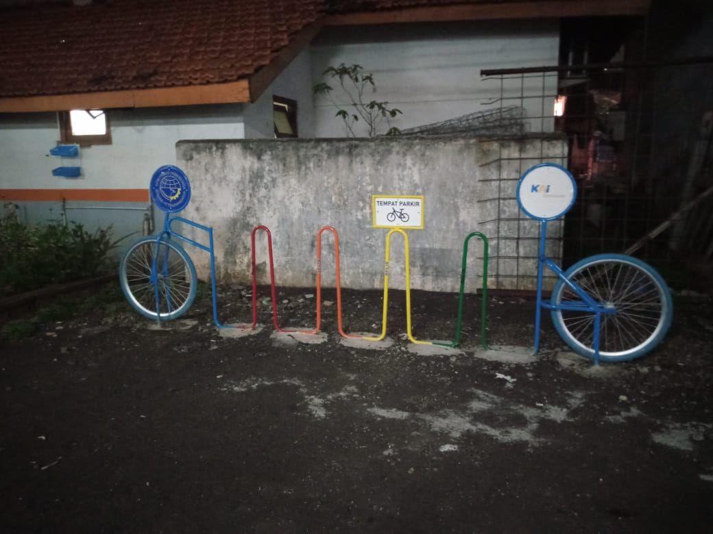 Parkir sepeda di Stasiun Kebayoran