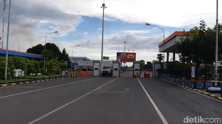 Suasana sepi di Pelabuhan Ketapang, Selasa (30/3/2021)