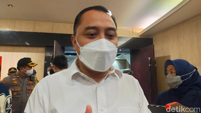 Wali Kota Surabaya Eri Cahyadi sudah meneken perubahan Perwali terkait relaksasi Rekreasi Hiburan Umum (RHU). Dengan begitu, bioskop bisa buka kembali.