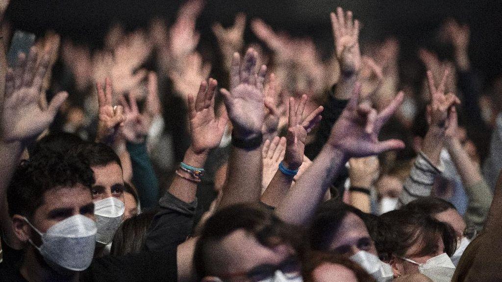 Belanda Bikin Konser Musik Sebabkan 1.000 Orang Positif Corona