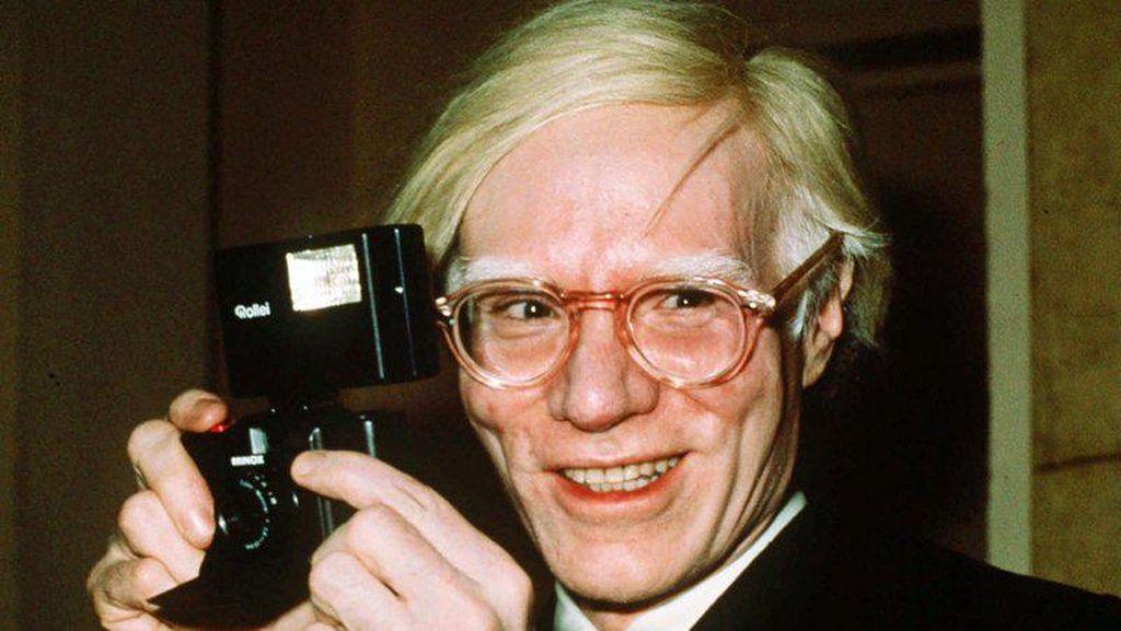 Andy Warhol Kalah dalam Perang Gugatan dengan Fotografer