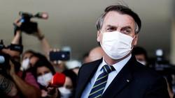 Belum Divaksin, Presiden Brasil Ditolak Masuk Resto dan Makan di Pinggir Jalan