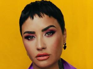 Demi Lovato Ngaku Panseksual, Cintanya Tak Pandang Gender