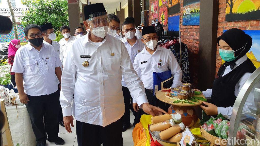 Gubernur Dorong Industri di Banten Bayar THR Buruh