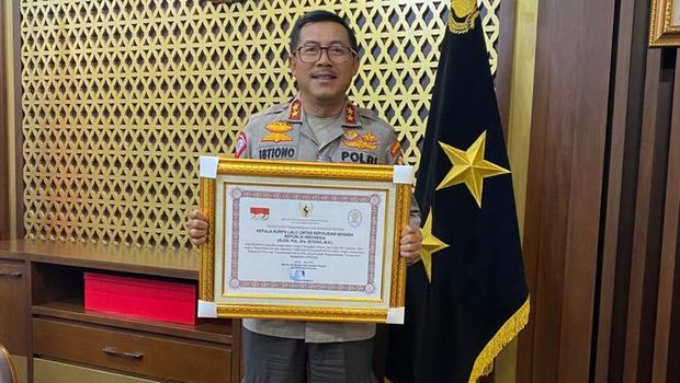 Kakorlantas Polri Irjen Istiono diganjar penghargaan terkait E-TLE oleh Menpan RB
