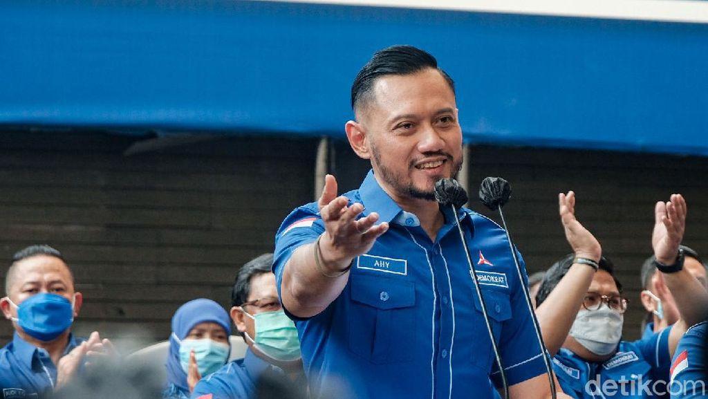 Senyum AHY Usai Kepengurusan PD Moeldoko Ditolak Pemerintah
