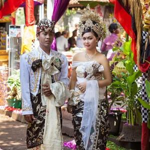 Macam-macam Pakaian Adat Bali, Fungsi dan Makna di Baliknya