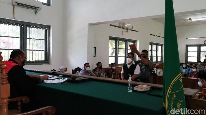 Sidang praperadilan postingan singgung jabatan Wali Kota Solo Gibran Rakabuming Raka di Pengadilan Negeri (PN) Solo, Rabu (31/3/2021).