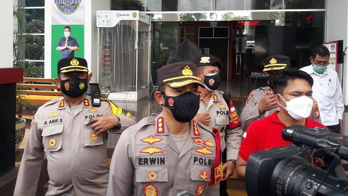 Kapolres Metro Jaktim Kombes Erwin Kurniawan menjelaskan soal tawuran di Jatinegara