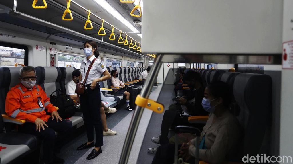 Tarifnya Mulai Rp 5.000, Ini Beda KA Bandara Premium dengan Eksekutif