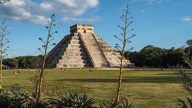Meksiko Tutup Situs Sejarah Gegara.. Turis Tak Pakai Masker