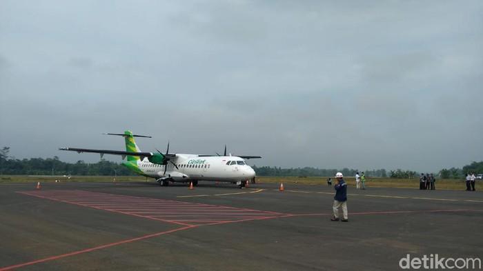 Pesawat ATR 72-600 Citilink berhasil mendarat di Bandara J.B Soedirman dalam rangka proving flight hari ini, Kamis (1/4/2021)