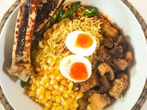 Masak Masak : Ramen Kuah Cabe dengan Sumsum yang Gurih Nampol