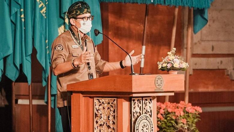 Sandiaga Salahuddin Uno mencanangkan Bali sebagai destinasi wisata berbasis kesehatan (medical tourism).