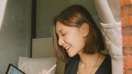 8 Pesona Kecantikan Sheila Dara yang Baru Dilamar Vidi Aldiano