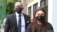 Momen Lebaran Thalita Latief: Maafkan Suami, Tapi Proses Cerai Tetap Jalan