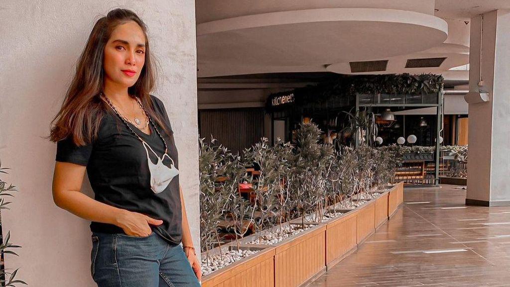 Ussy Sulistiawaty Bicara soal Foto Aurat yang Jadi Sorotan