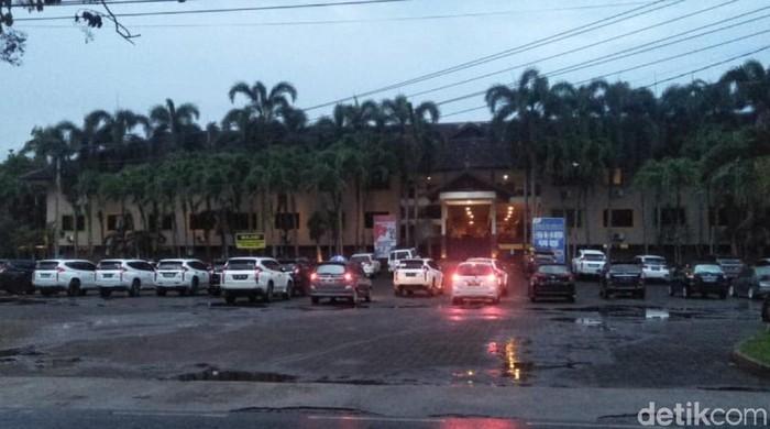 Kendaraan Wisatawan di Palabuhanratu Sukabumi