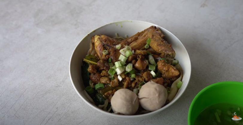 Waduh! Netizen Review Buruk Mie Ayam Aldi Taher, Padahal Rasanya Enak