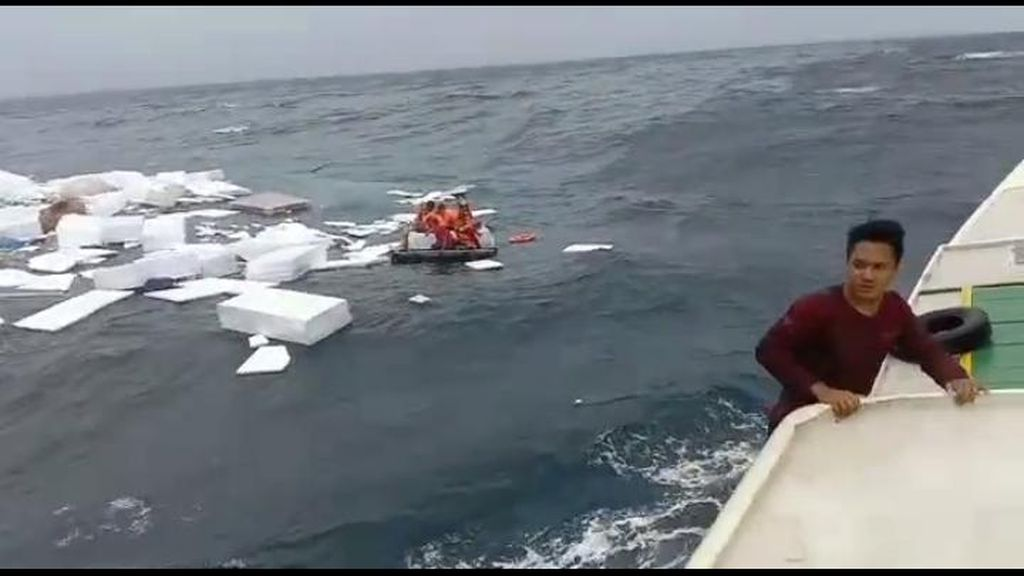 Kapal Tenggelam di Karimunjawa, Begini Detik-detik Penyelamatan ABK