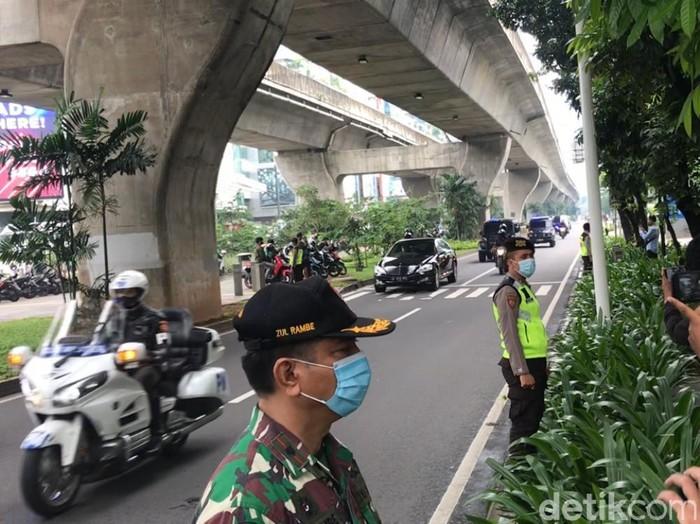 Jokowi datang ke pernikahan Atta-Aurel
