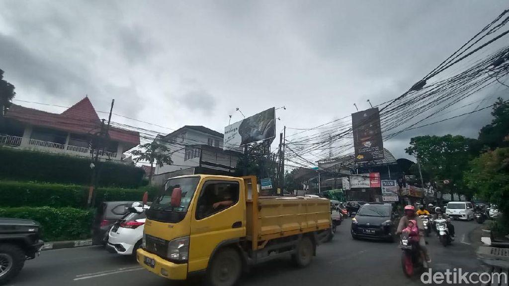 Libur Panjang, Arus Lalin di Ledeng Bandung ke Lembang Padat