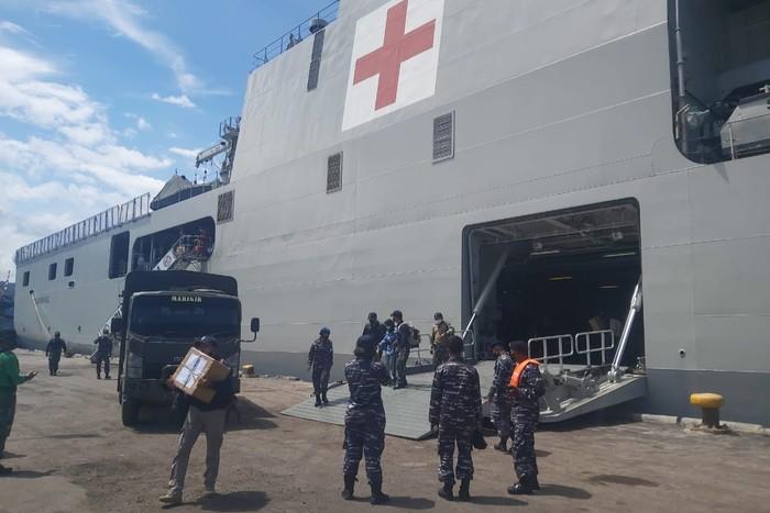 KRI Semarang Bawa 505 CPNS KemenPUPR ke Banyuwangi