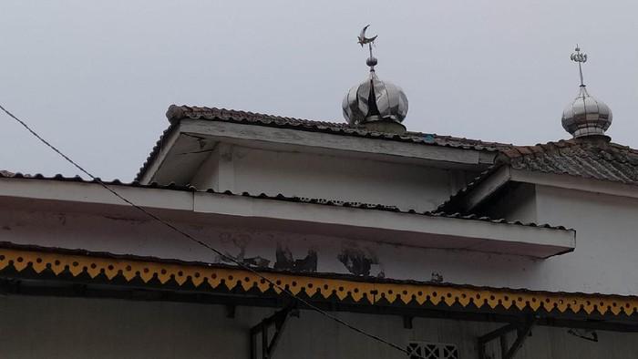 Masjid Nurul Jannah di Jagakarsa, Jaksel tersambar petir pada Sabtu (3/4) dini hari.
