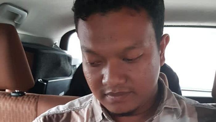 Muchsin Kamal alias Imam Muda (28) yang menjual airgun ke Zakiah Aini ditangkap Densus 88 Polri di Aceh (dok Polri)