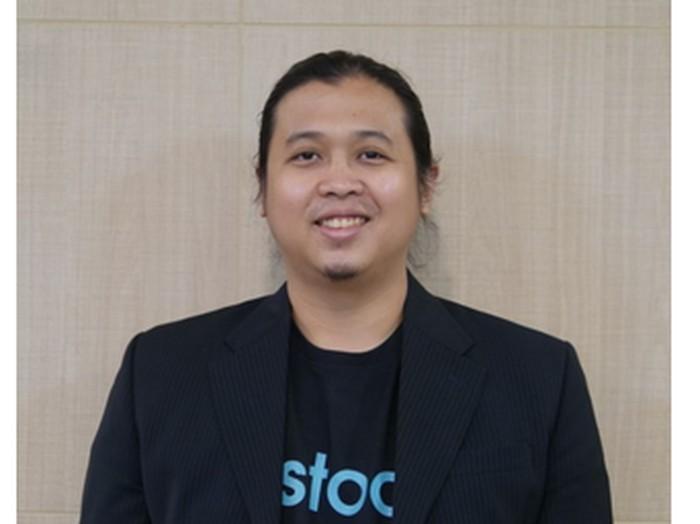 Muhammad Farid Andika, pengemudi Fortuner koboi adalah CEO dan Founder Restock. Foto diambil dari laman Restock.id