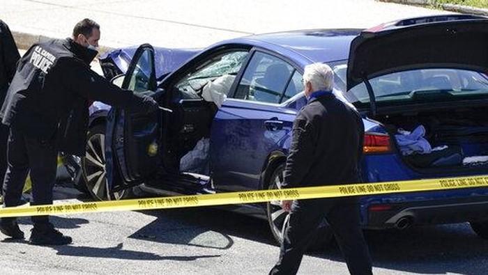 Penyerangan terhadap dua petugas kepolisian terjadi di dekat Gedung Capitol Amerika Serikat. Begini suasana pasca penyerangan tersebut.