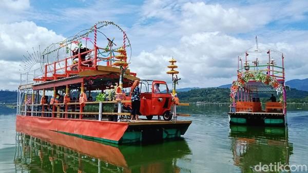 Objek wisata air Rawa Jombor di Desa Krakitan, Kecamatan Bayat, Klaten, Jawa Tengah memiliki magnet baru.