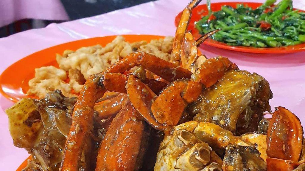 5 Tempat Makan Kepiting di Jakarta Utara yang Terkenal Juara Lezatnya