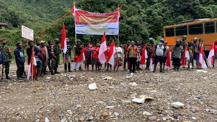 Warga Tembagapura Papua Deklarasi Tolak KKB. Minta TNI-Polri Tetap Jaga