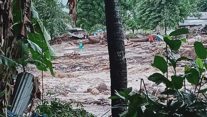 Banjir bandang di Flores Timur, NTT