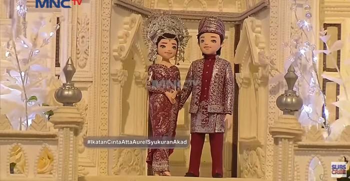 Makna Pemotongan Kue Pengantin 3 Meter di Pernikahan Aurel dan Atta