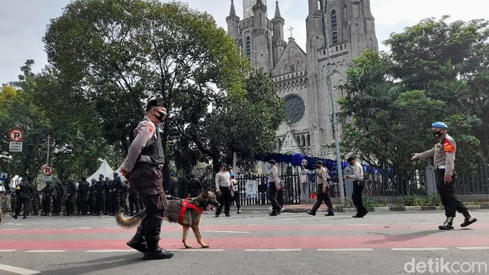 Pengamanan di Katedral Jakarta, K9 hingga Panser Anoa disiagakan