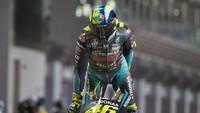 Rossi Tak Pernah Cedera Arm Pump, Kenapa Serang Pebalap Muda?
