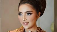 Jangan Nyinyir Lagi! Ini Lo Penjelasan Ashanty soal Kedekatan dengan Jokowi