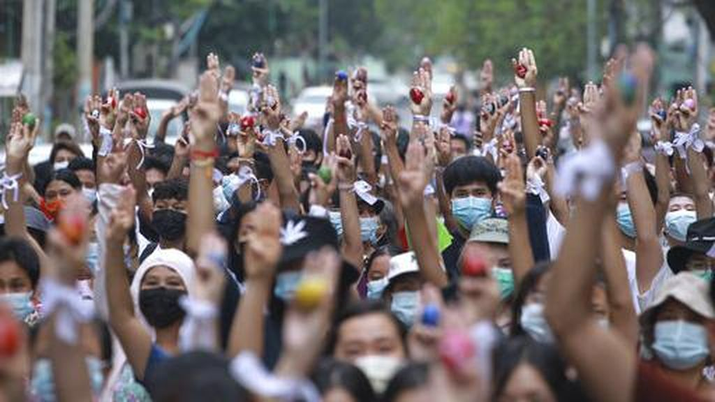Ingar Bingar Teranyar Protes Antikudeta di Myanmar