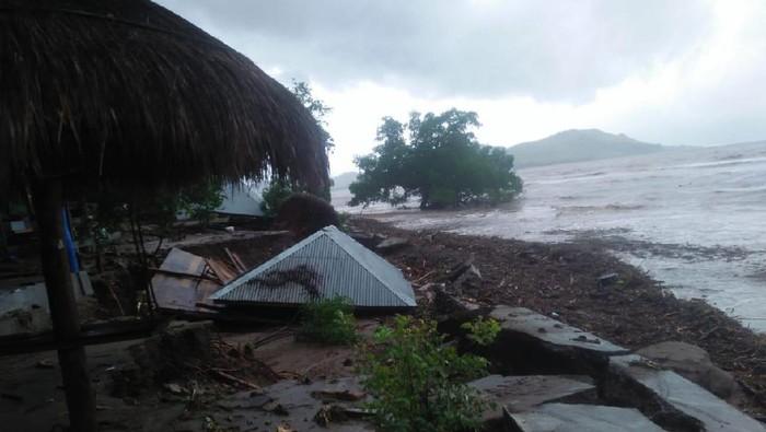 Dampak banjir bandang di Kabupaten Lembata NTT yang mengakibatkan 11 orang tewas (dok BNPB)