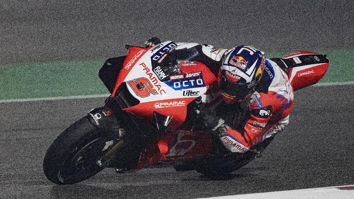 DOHA, QATAR - APRIL 02: Johann Zarco of France and Pramac Racing rounds the bend during the MotoGP of Qatar - Free Practice at Losail Circuit on April 02, 2021 in Doha, Qatar. (Photo by Mirco Lazzari gp/Getty Images)