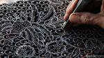 Menengok Produksi Cap Batik di Solo