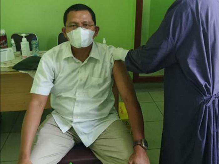 Menggunakan Fasilitas Keagamaan untuk Mempercepat Vaksinasi