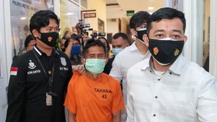 Polisi tangkap kakek yang cabuli cucunya hingga tewas di Jakarta Utara. Foto dikirim humas Polres Jakut