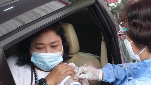 Rencananya pos pelayanan vaksinasi ini akan melayani hingga 5.000 orang pelaku pariwisata pekerja transportasi publik, dan pekerja di sektor publik di Kabupaten Sleman.