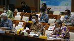 Ridwan Kamil Cs Bahas RUU Energi Baru dan Terbarukan di DPR
