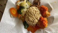 Mantul! Enaknya Ayam Geprek dan Dendeng Batokok Vegan yang Sehat