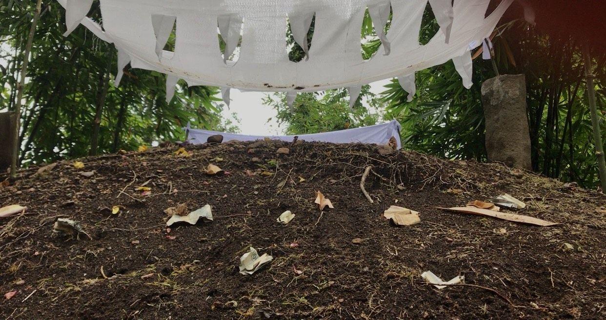 Warga mulai keramatkan kuburan yang taahnya meninggi di Sumatera Barat